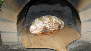 sourdough-finished-on-peel-sm